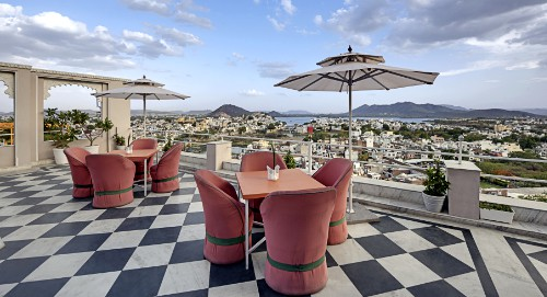 Udaipur Luxury Hotels , Accommodation, Best Hilltop Hotel in Udaipur